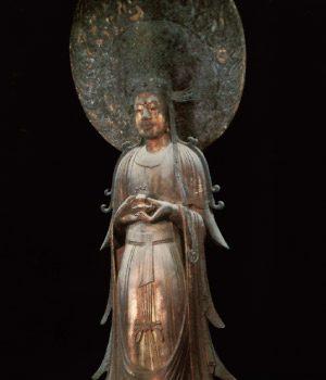 「救世観音菩薩立像」:斑鳩町